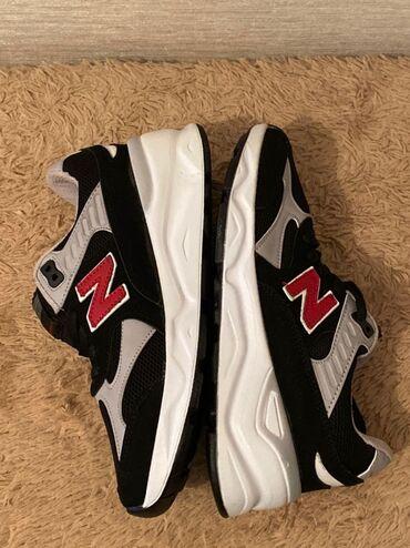Стильные кроссовки New Balance, 37 размер  Качество производство Турц