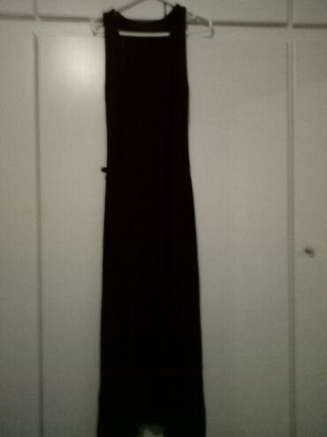 Μακρύ μαύρο απλο φόρεμα