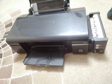 Продажа квартир в сокулуке - Кыргызстан: Принтер Epson l800, полосит, долго был в простое. Скорее всего надо ме