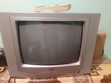 Televizor star isleyir svidnoy ekran pultu var