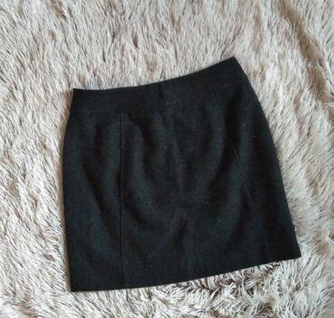 Suknja duzina - Srbija: HM vunena mini suknja, kao nova. XS/S. Struk 34, duzina 39 cm. POPUST