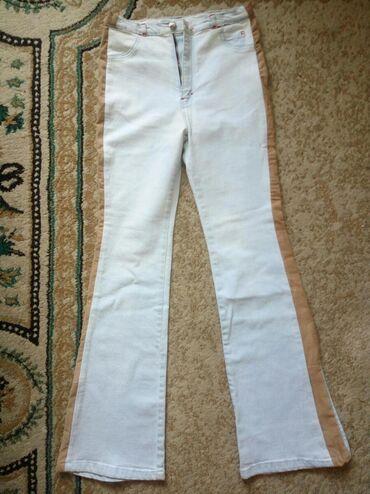 M - L р. джинсы женские (W-26, L-32), привозили из Италии, почти