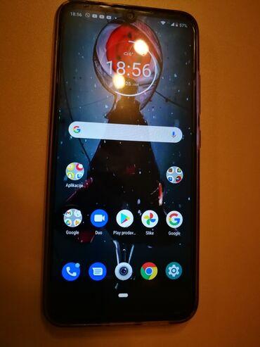 Motorola e1120 - Srbija: Telefon Motorola e6+, star godinu dana, garancija još 1 godinu