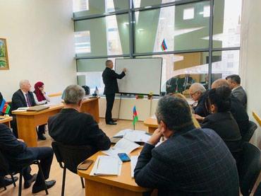 Bakı şəhərində Ofis daxilində təşkilati idarəçilik işlərini bacaran