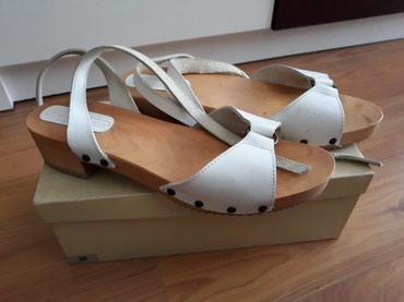 Ženske kožne sandale, italijanske od drveta i kože, veoma - Belgrade