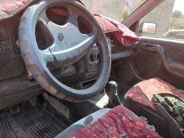 Транспорт - Пульгон: Volkswagen Golf 1.6 л. 1994