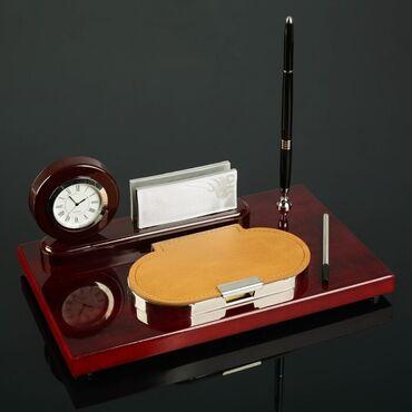 Набор настольный 4в1 (часы в круге, визитница, ручка, блок с бумагой)