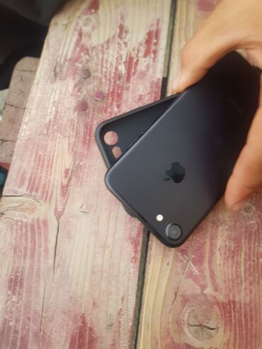 Электроника в Кара-Суу: Айфон 7 срочно 128г 82%