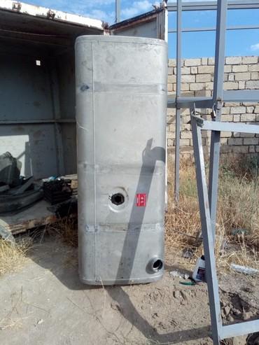 Bakı şəhərində TIR bak 870 manata 1 litr 1 manat