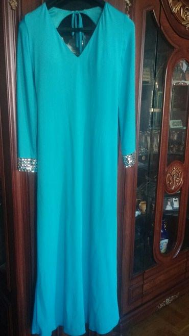 кортеж свадьба в Азербайджан: Вечернее платье,размер S,M,75манат,бирюзового цвета с лифом,спина