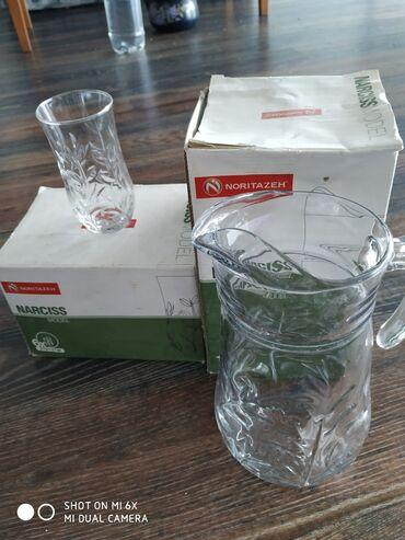 Продается набор стаканов и графинов (12 стаканов и 2 графина)