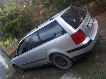 Volkswagen Passat 1.8 л. 1999