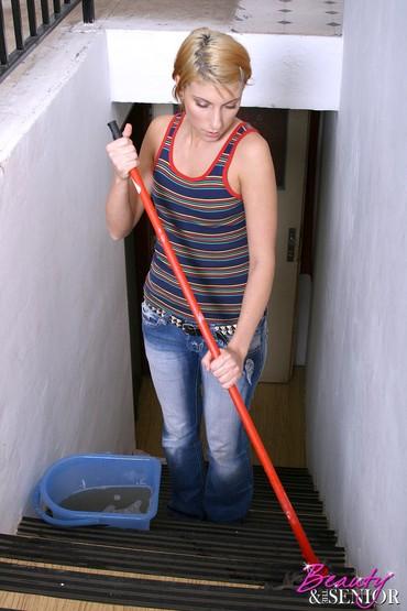Poslasticar-dekorater - Srbija: Pomoćnica.Angažovao bih mlađu pomoćnicu, savremeni urbani tip, sa