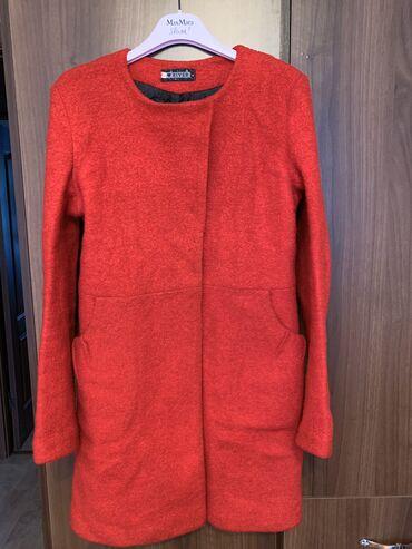 Продаю пальто (размер 42-44)