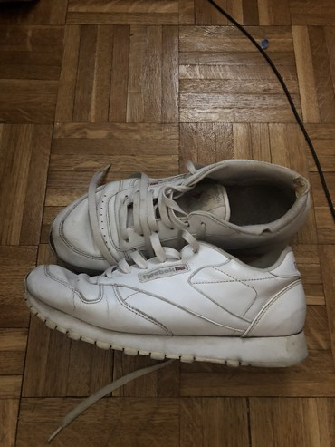 Original Reebok clasik leather patike 39 broj - Belgrade