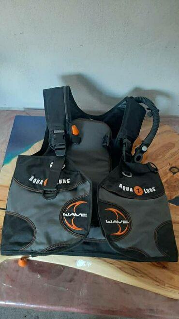 Спорт и хобби - Балыкчы: Для дайвинга: продается компенсатор,комплект регулятор (aqualungTit