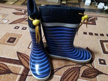 Продается детский комбинезон, куртка и резиновые сапоги. Покупали в Эм в Бишкек