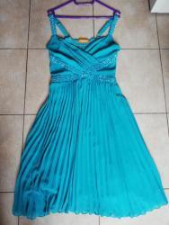 Jednom obučena za maturu plava plisirana haljina. Univerzalna - Nova Pazova