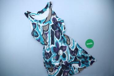 Жіноча сукня з квітковим принтом, р. S   Довжина: 85 см Напівобхват гр