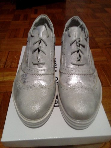 Srebrne cipele 40 br  - Gornji Milanovac