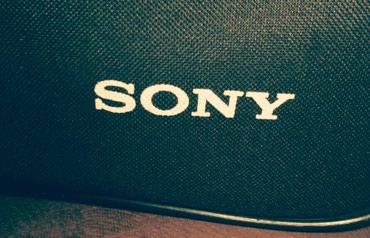 Bakı şəhərində Sony HD-2000 satıram, kamera pts le qeti işlemeyib ancağ adinoçka