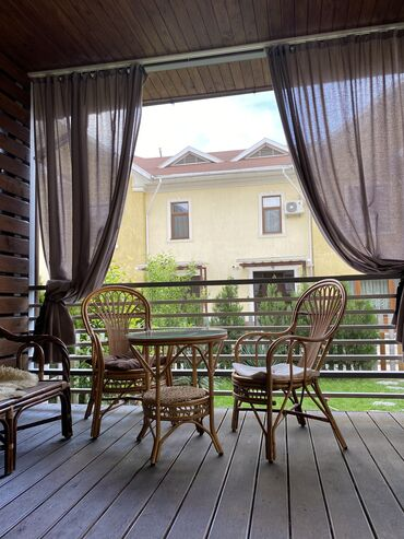 Продам Дом 170 кв. м, 4 комнаты