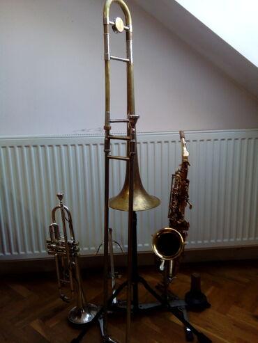 Harmonike - Srbija: Kupujem muzičke instrumente i opremu( gitaru, bubanj, pojačalo