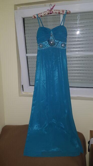 3988 oglasa: Prelepa svecana haljina