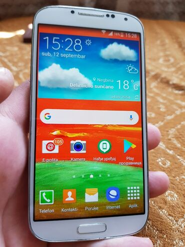 Mobilni telefoni - Zlatibor: Upotrebljen Samsung Galaxy S4 2 GB bela