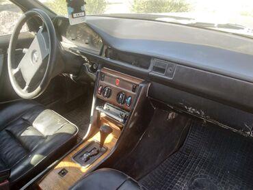 Mercedes-Benz W124 2.3 л. 1988   1111111 км
