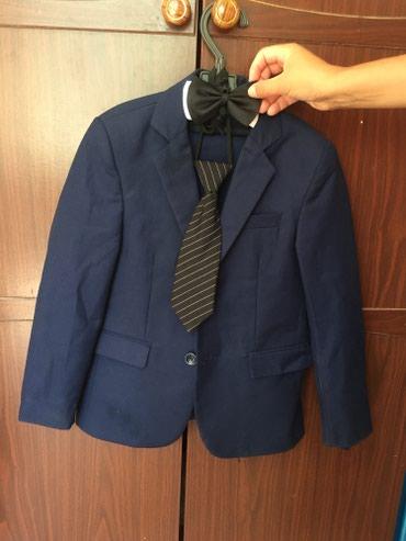 Продам костюм с брюками и с галстуком( в Бишкек