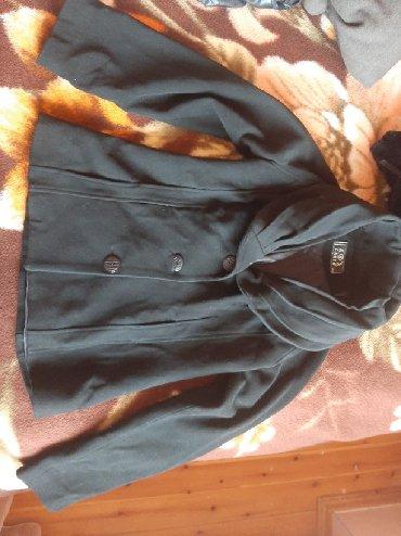 Az geyinilmis palto 5 azn