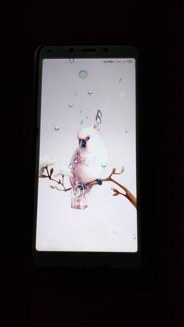 Электроника в Беловодское: Б/у Xiaomi Redmi 6 32 ГБ Серый