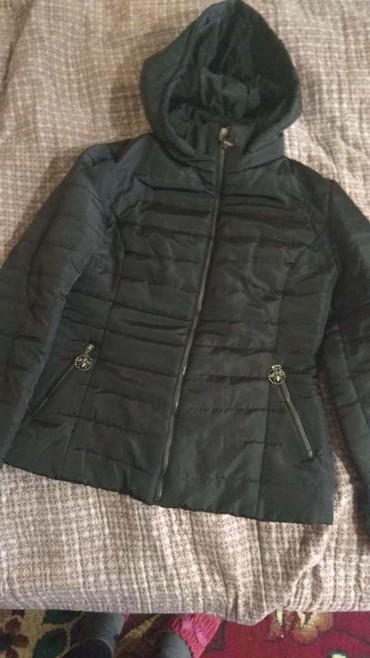 женскую куртку новую в Кыргызстан: Продаю куртку новая