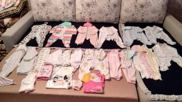 брендовые одежды в Кыргызстан: Деткая одежда 0-6 месяцев. Слипы, боди, штанишки, кофточки, шапочки