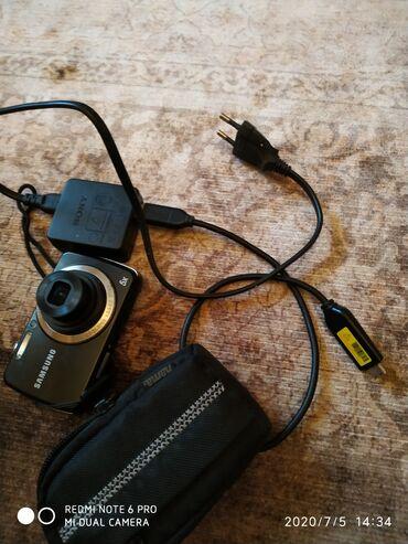 Фотоаппарат samsung чехол в подарок Б/У