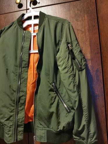 Maslinasto zelena jakna - Srbija: H&M, BOMBER jakna za dečakePredivna, obožavan model kod dece. Kao