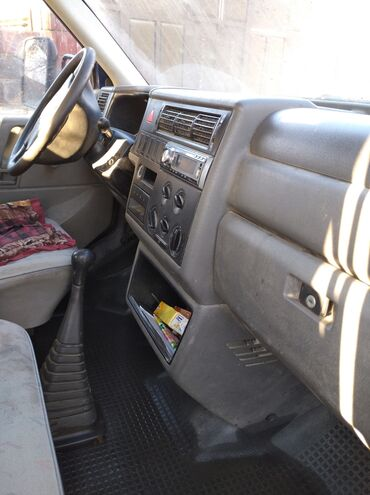 транспортер т4 в Кыргызстан: Volkswagen 1.9 л. 2000