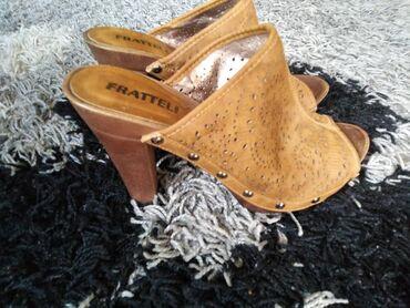 Ženska obuća | Lazarevac: Kao nove,bez ostecenja. Naznacen br 38 odgovaraju broju 37
