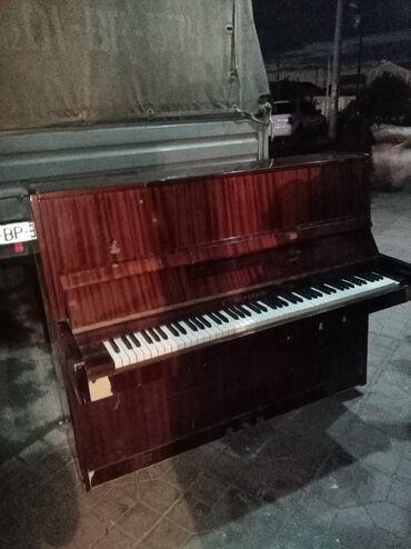 belarus piano - Azərbaycan: Piyanina Belarus yaxşi veziyetde