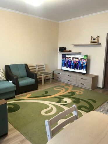 Недвижимость - Чон Сары-Ой: Индивидуалка, 3 комнаты, 80 кв. м Теплый пол, Бронированные двери, С мебелью
