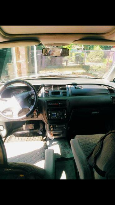 Honda Shuttle 2.3 л. 1998