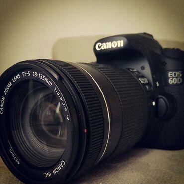 фотоаппарат-60d в Кыргызстан: Продаю Canon EOS 60D! Kit 18-135. Состояние отличное. На тоях свадьбах