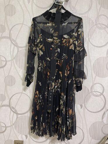 Шифоновое платье по колено 38го размера! Надели только 1 раз. г.Бишкек