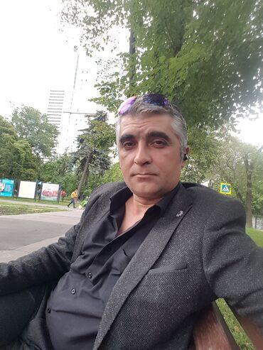 london taksi isi - Azərbaycan: Salam. Adim Vahid. Sürücü işi axtarıram. Ailə şəxsi, şirkət. Ailə