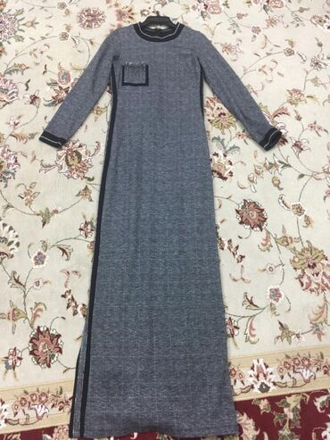 Платье Италия -38 размер -1800 сом