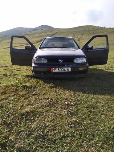 volkswagen-golf-бу в Кыргызстан: Volkswagen Golf 1.6 л. 1993