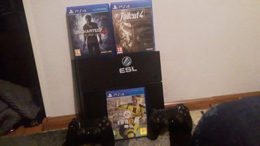 Консоль PS4 500 GB + UNCHARTED 4,FALLOUT 4,FIFA 17. в Бишкек