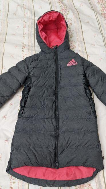 """бутик мусульманской одежды в Кыргызстан: Продаётся теплая детская куртка """"Adidas""""Размер XS (на 7-8"""