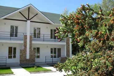Недвижимость - Чолпон-Ата: 3 комнаты, 80 кв. м